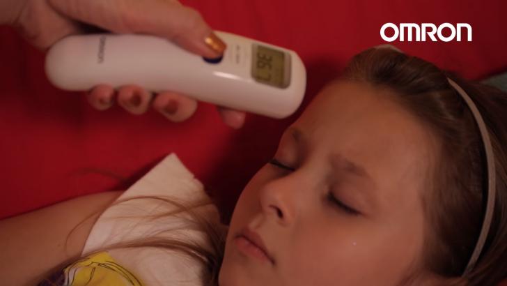 เครื่องวัดไข้แบบยิงหน้าผาก เครื่องวัดอุณหภูมิน้ำนมให้ทารก เครื่องวัดอุณหภูมิห้อง OMRON MC-720